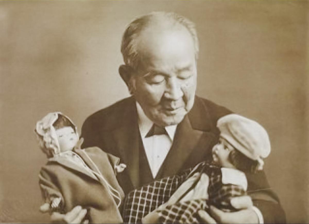 渋沢栄一・青い目の人形